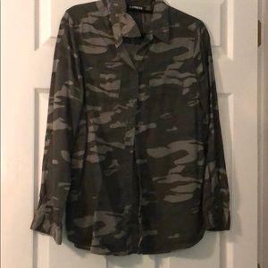 Women's camo long sleeve button down shirt